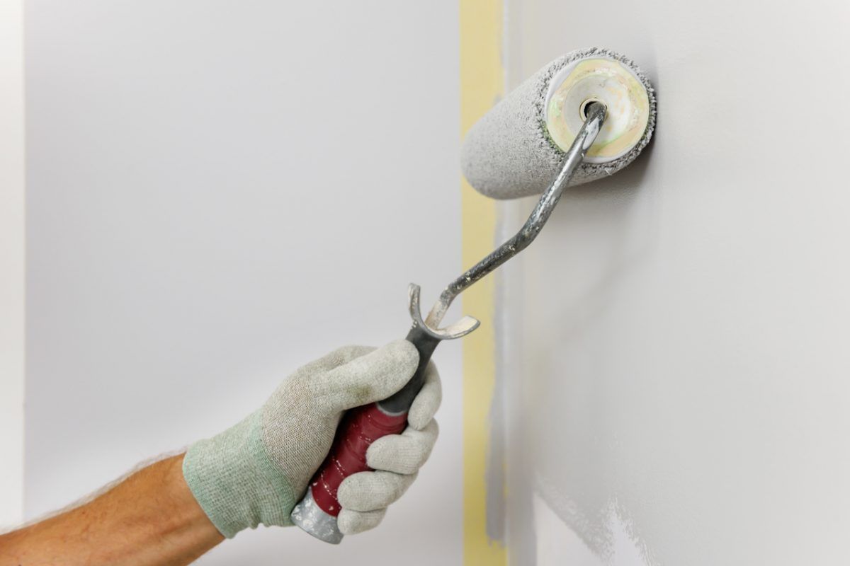 Malowanie płytek. Sposób na szybką metamorfozę łazienki