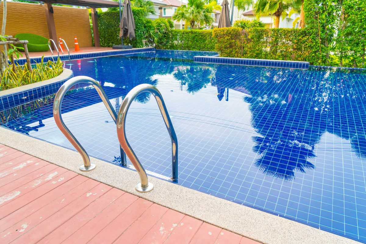 Przydomowy basen krok po kroku