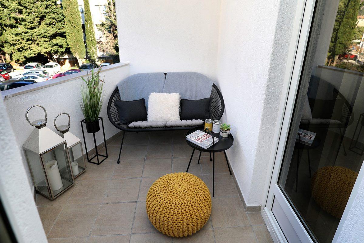 Metamorfoza balkonu na lato. Pomysły i aranżacje