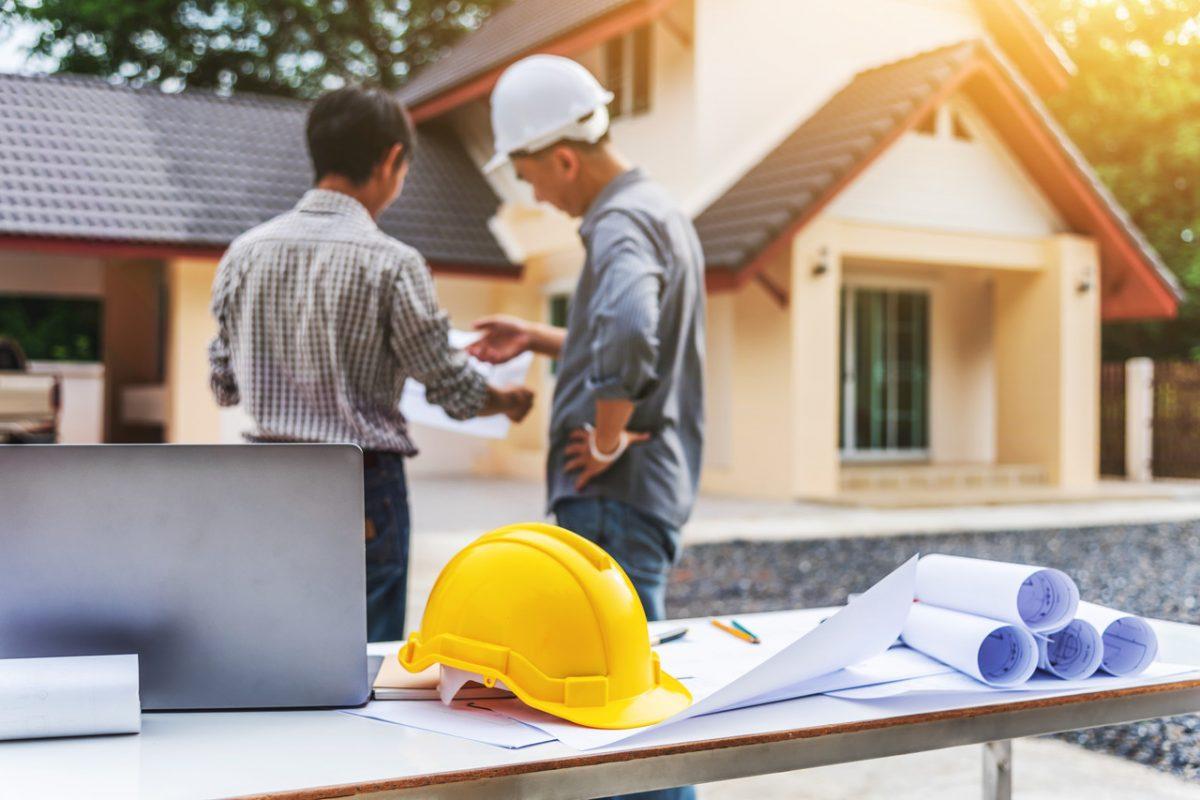 Z tych usług warto korzystać przed i w trakcie budowy